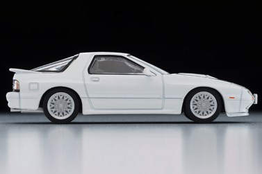 Tomica-Limited-Vintage-Neo-Mazda-Savanna-RX-7-Infini-White-005