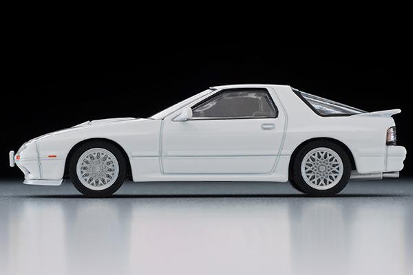 Tomica-Limited-Vintage-Neo-Mazda-Savanna-RX-7-Infini-White-006