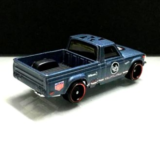 Hot-Wheels-Mazda-Repu-Urban-Outlaw-002