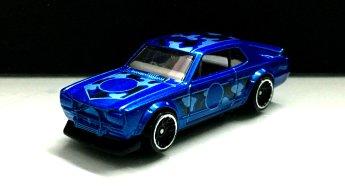 Hot-Wheels-Nissan-Skyline-HT-2000-GT-X-Camo-001