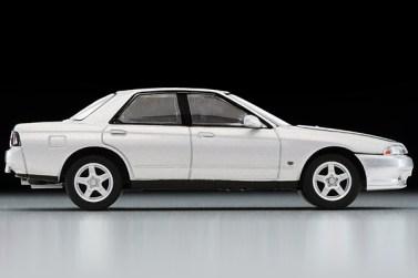 Tomica-Limited-Vintage-Nissan-Skyline-GTS-T-Type-M-Argent-004