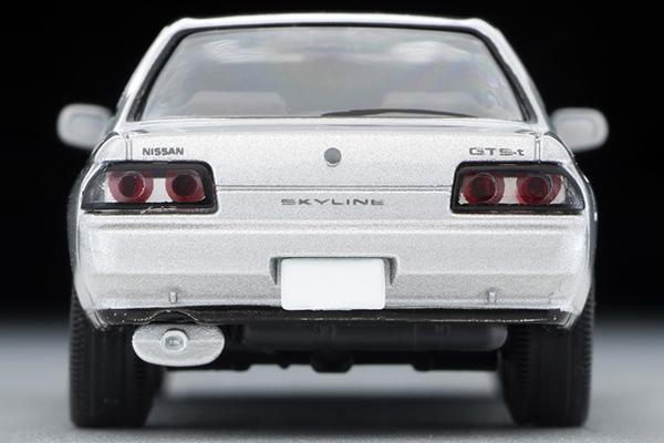 Tomica-Limited-Vintage-Nissan-Skyline-GTS-T-Type-M-Argent-006