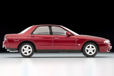 Tomica-Limited-Vintage-Nissan-Skyline-GTS-T-Type-M-rouge-004