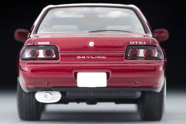 Tomica-Limited-Vintage-Nissan-Skyline-GTS-T-Type-M-rouge-005