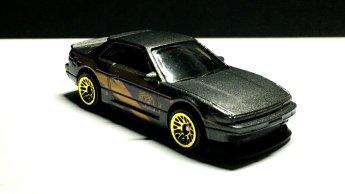 Hot-Wheels-2020-Nissan-Silvia-PS13-003