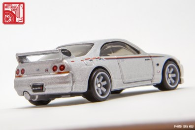 Hot-Wheels-Boulevard-2020-Mix-1-Skyline-GT-R-R33-Nismo-006