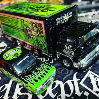 King-of-custom-Hells-Dept-Hot-Wheels-Team-Transport-005