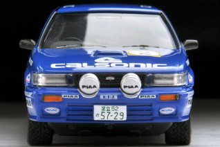 Tomica-Limited-Vintage-Bluebird-SSS-R-Calsonic-2-003