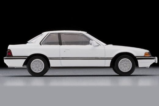 Tomica-Limited-Vintage-Honda-Prelude-XX-Blanc-de-luxe-blanche-006