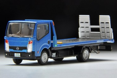 Tomica-Limited-Vintage-Nissan-Atlas-F24-Hanamidai-Auto-Safety-Loader-001
