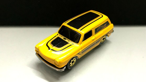 Hot-Wheels-Flying-Customs-2020-Custom-69-Volkswagen-Squareback-001