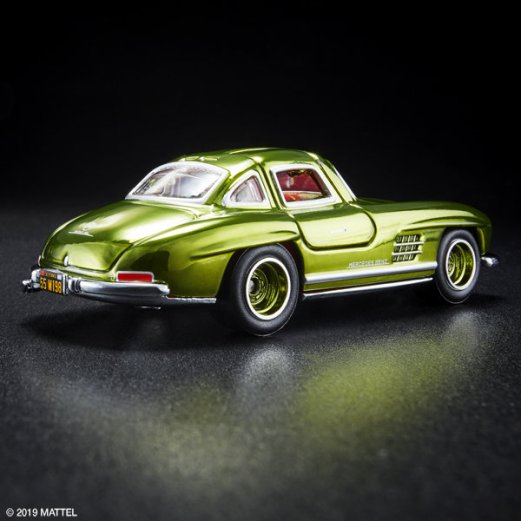 Hot-Wheels-Red-Line-Club-2019-Mercedes-Benz-SL300-002