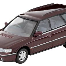 Tomica-Limited-Vintage-Subaru-Legacy-Wagon-rouge-000
