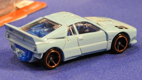 Hot-Wheels-2020-Lancia-037-Rally-002