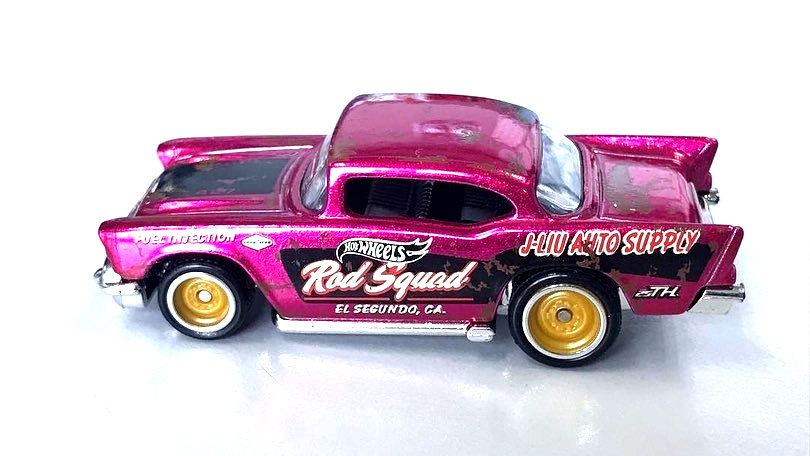 Hot-Wheels-57-Chevy-Super-Treasure-Hunt-2020-3