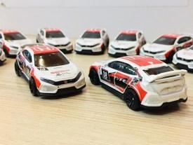 Hot-Wheels-2020-Mainline-2018-Honda-Civic-Type-R-004