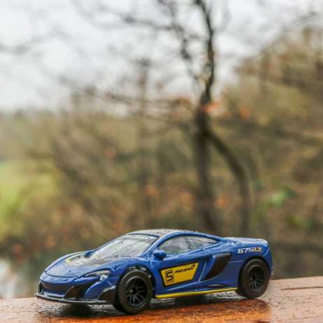 Majorette-2020-McLaren-675LT-002