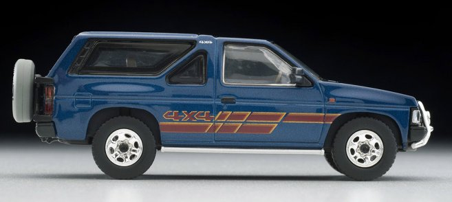 Tomica-Limited-Vintage-Neo-Nissan-Terrano-R3M-Navy-007