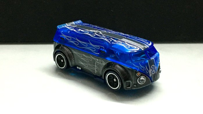Hot-Wheels-id-2020-Volkswagen-T1-GTR-003