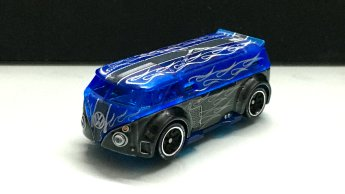 Hot-Wheels-id-2020-Volkswagen-T1-GTR-004