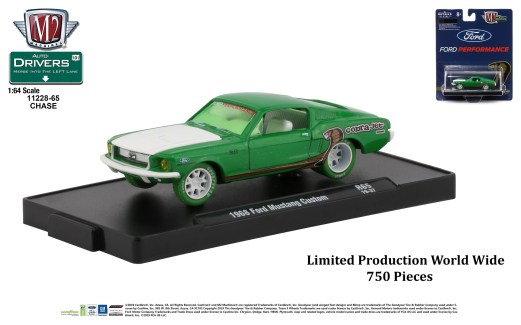 M2-Machines-Drivers-Series-65-1968-Ford-Mustang-Custom-Chase-Car