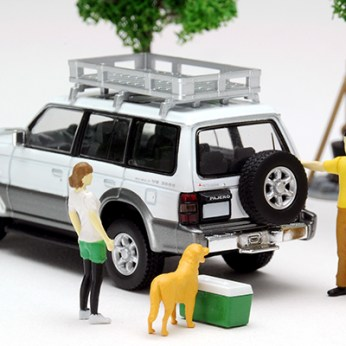 Tomica-Limited-Vintage-Neo-Diorama-Mitsubishi-Pajero-Midroof-Wide-VR-005