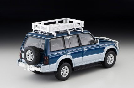 Tomica-Limited-Vintage-Neo-Mitsubishi-Pajero-VR-010