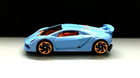Hot-Wheels-2020-Lamborghini-Sesto-Elemento-003