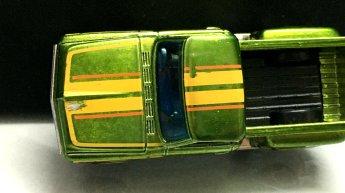 Hot-Wheels-Mainline-2020-Super-Treasure-Hunt-69-Chevy-Pickup-002