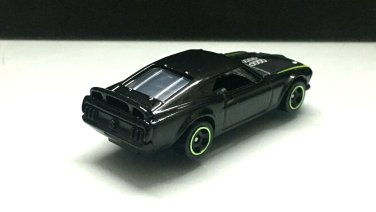 Hot-Wheels-Mainline-69-Ford-Mustang-Boss-302-RTR-006