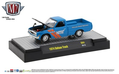 M2-Machines-O-Reilly-Autoparts-1974-Datsun-Truck-Nos