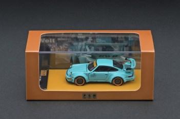 Private-Goods-Model-Porsche-964-RWB-Tiffany-Blue-003
