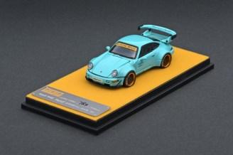Private-Goods-Model-Porsche-964-RWB-Tiffany-Blue-005