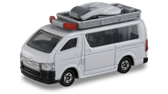 Toyota-HiAce-satellite-001