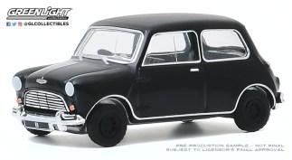 GreenLight-Collectibles-Black-Bandit-23-1960-Austin-Mini-Cooper