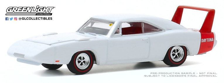 GreenLight-Collectibles-Mecum-Auctions-Series-5-1969-Dodge-Charger-Daytona.jpg