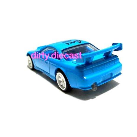 Hot-Wheels-Nissan-S14-Drift-version-002