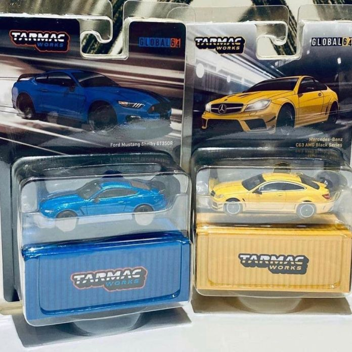 Tarmac-Works-Ford-Mustang-Shelby-GT350R