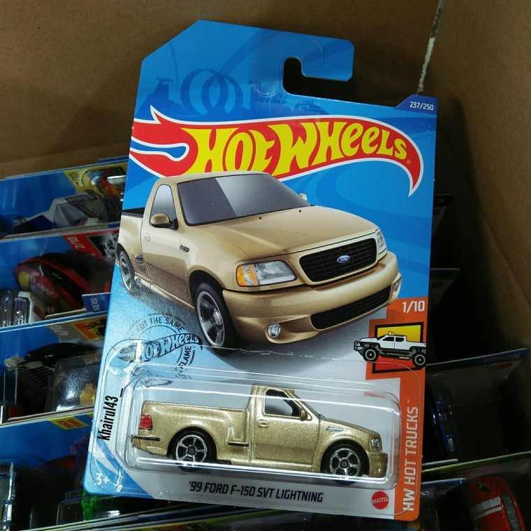 Hot-Wheels-Mainline-2020-Ford-F-150-Lightning-001