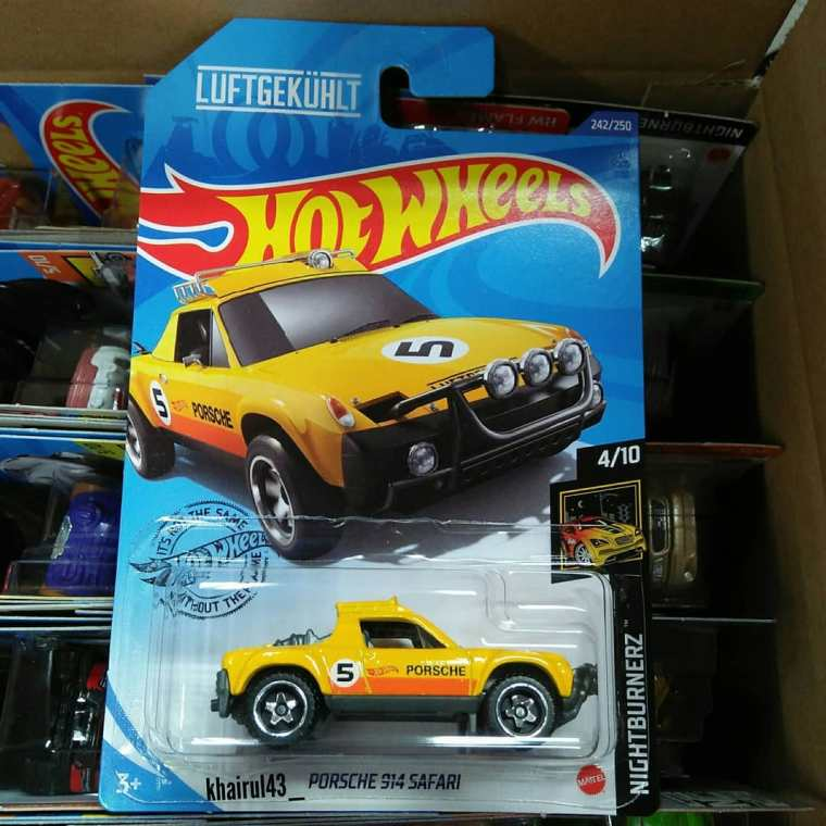 Hot-Wheels-Mainline-2020-Porsche-914-Safari-001