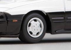 Tomica-Limited-Vintage-Neo-Mazda-Savannah-RX-7-GT-X-Police-Car-007