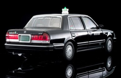 Tomica-Limited-Vintage-Neo-Toyota-Crown-Sedan-Tokyo-Musen-Taxi-Black-003
