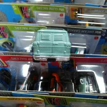 Hot-Wheels-Mainline-2021-Dodge-Van-Dajiban-005