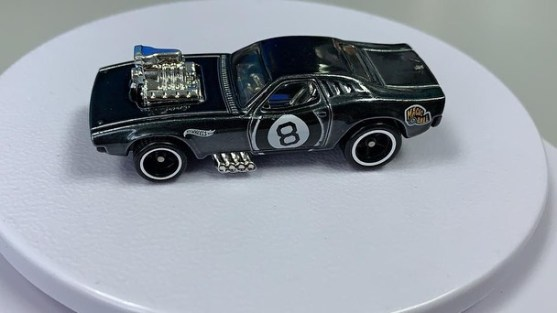 Hot-Wheels-Super-Treasure-Hunt-2021-Rodger-Dodger-003