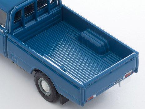 Tomica-Limited-Vintage-Neo-Toyota-Stout-Bleu-003
