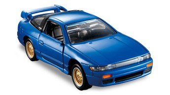 Tomica-Premium-Nissan-Sileighty-004