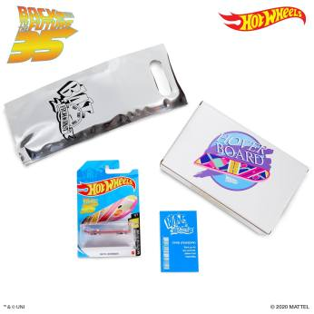 Hot-Wheels-Back-To-The-Future-Hoverboard-35th-anniversary-003