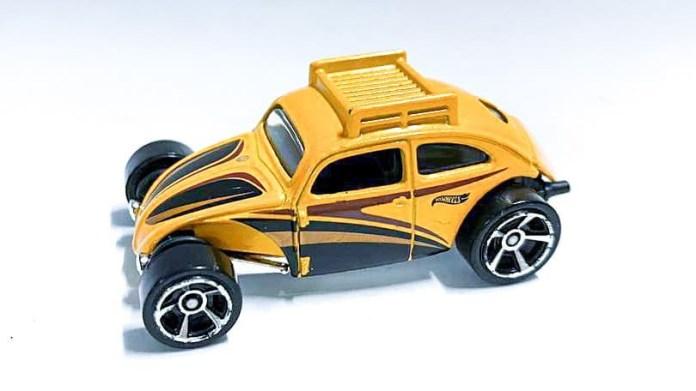 Hot-Wheels-Custom-Volkswagen-Beetle-001