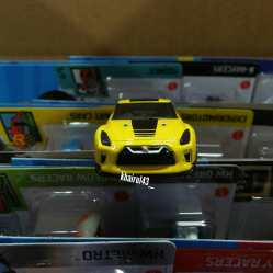 Hot-Wheels-Mainline-2021-Nissan-GT-R-R35-005