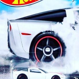 Hot-Wheels-Factory-500-HP-2021-12-Corvette-Z06